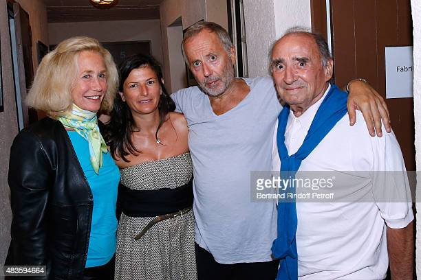Actress Brigitte Fossey, Fabrice Luchini with his companion and Actor Claude Brasseur pose Backstage after 'Fabrice Luchini - Poesie ?' show during...