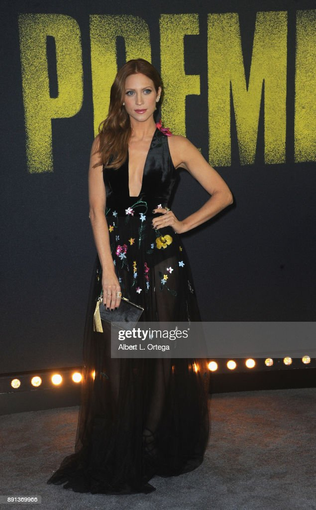 """Premiere Of Universal Pictures' """"Pitch Perfect 3"""" - Arrivals : News Photo"""