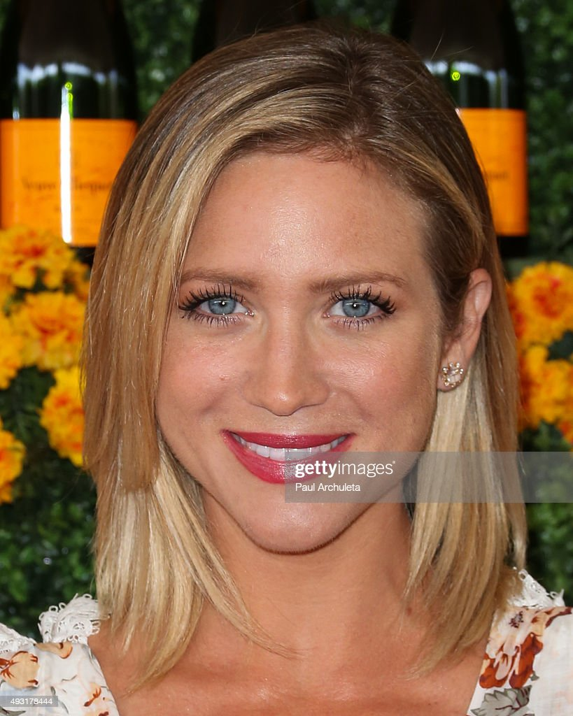 Actress Brittany Snow attends the Sixth-Annual Veuve Clicquot Polo Classic at Will Rogers State Historic Park on October 17, 2015 in Pacific Palisades, California.