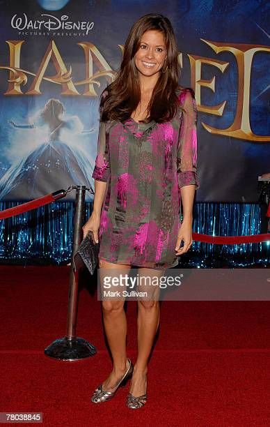 """Actress Brooke Burke arrives at the premiere of """"Enchanted"""" held in Hollywood, California on November 17, 2007."""