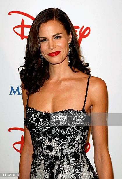 Actress Brooke Burns poses at the Wish Night 2007 Awards Gala at the Beverly Hills Hotel in Beverly Hills California on November 2 2007