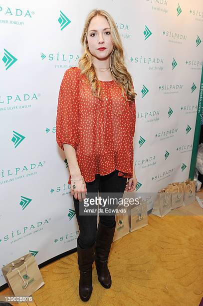 Actress Brooke Nevin poses with Silpada at Kari Feinstein's Oscars Style Lounge at Mondrian Los Angeles on February 23 2012 in West Hollywood...
