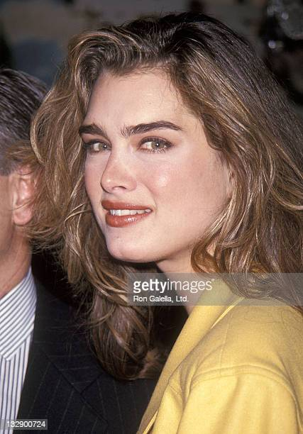 Actress Brooke Shields attends a press conference to announce her multiyear contract with Durasoft's Colored Contact Lenses on March 20 1992 at the...