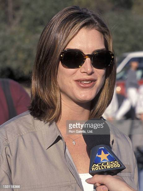 Actress Brooke Shields attends the Fourth Annual Expedition Inspiration Take-A-Hike and Cross-Country-Fun-Run for Breast Cancer Research on October...
