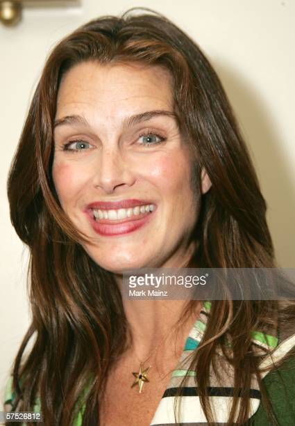 Actress Brooke Shields attends the party to celebrate Jane Buckingham's new novel at the Beverly Wilshire Hotel on May 3 2006 in Beverly Hills...