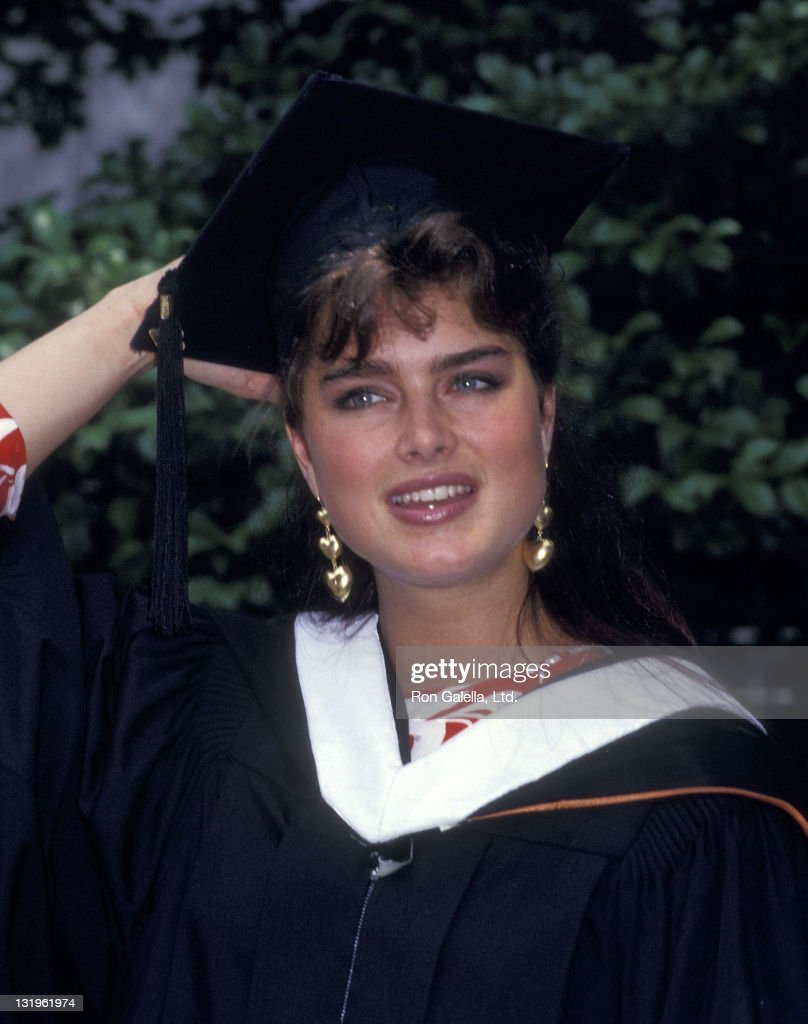 Actress Brooke Shields attends the Princeton University Class of 1987 Graduation Ceremony on June 9, 1987 at Princeton University in Princeton, New Jersey.
