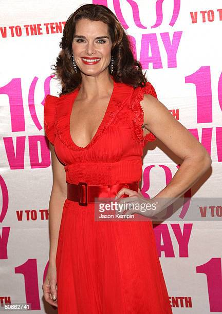 Actress Brooke Shields attends V-Day's V to the Tenth: NYC - Kickoff to New Orleans at Hammerstein Ballroom on February 14, 2008 in New York City.