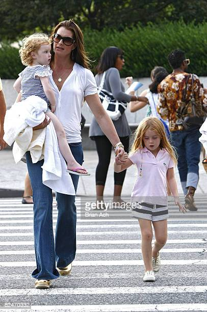 NEW YORK AUGUST 18 Actress Brooke Shields with her children Grier Shields and Rowan Shields on the streets of Manhattan on August 18 2008 in New York...