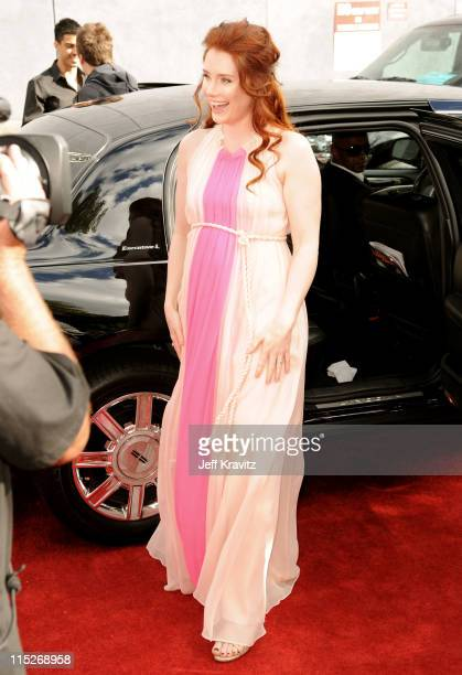 Actress Bryce Dallas Howard arrives at the 2011 MTV Movie Awards at Universal Studios' Gibson Amphitheatre on June 5, 2011 in Universal City,...