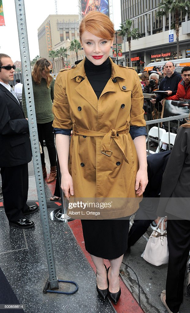 Actress Bryce Dallas Howard at the Ron Howard Star ceremony on The Hollywood Walk Of Fame held on December 10, 2015 in Hollywood, California.