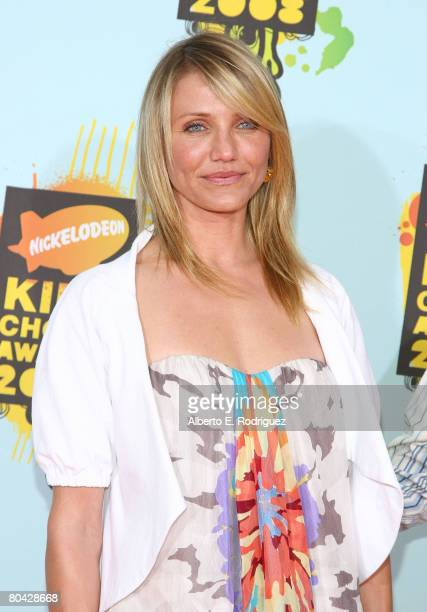 Actress Cameron Diaz arrives at Nickelodeon's 2008 Kids' Choice Awards held at UCLA's Pauley Pavilion on March 29 2008 in Westwood California