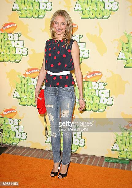 Actress Cameron Diaz arrives at Nickelodeon's 2009 Kids' Choice Awards at UCLA's Pauley Pavilion on March 28 2009 in Westwood California