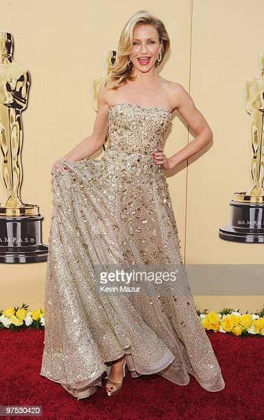 Actress Cameron Diaz arrives at the 82nd Annual Academy Awards at the Kodak Theatre on March 7 2010 in Hollywood California