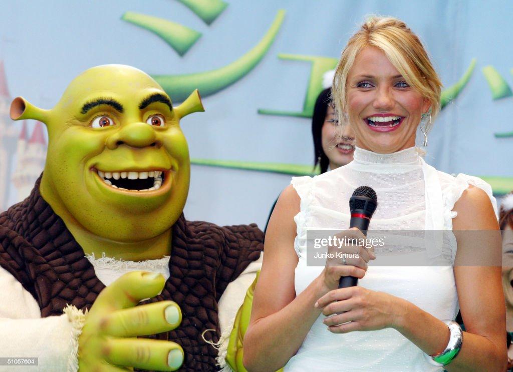 Cameron Diaz Promotes Shrek 2 in Tokyo : News Photo