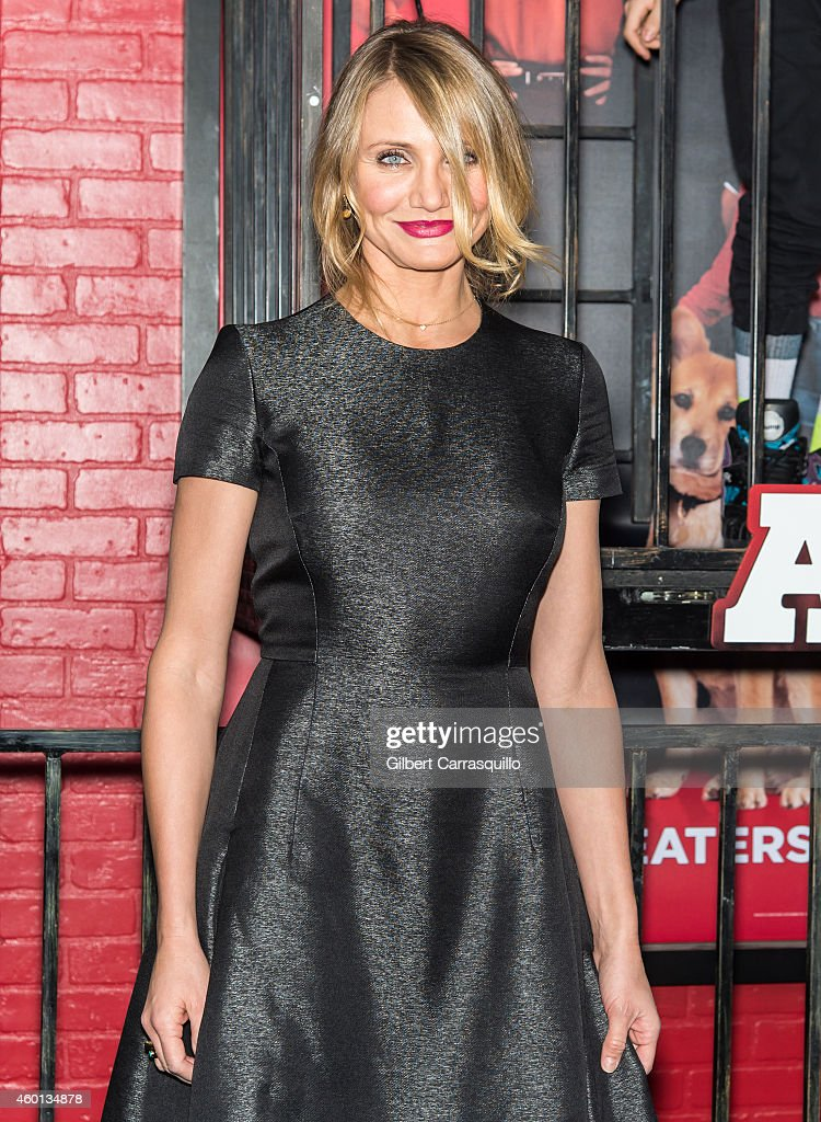 Actress Cameron Diaz attends the 'Annie' world premiere at Ziegfeld Theater on December 7, 2014 in New York City.