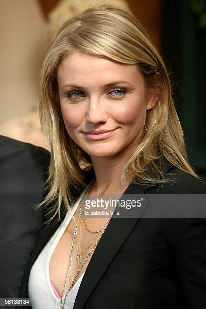 Actress Cameron Diaz attends the Italian photocall to promote her new film In Her Shoes at Hotel Eden on November 10 2005 in Rome Italy