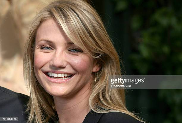 "Actress Cameron Diaz attends the Italian photocall to promote her new film, ""In Her Shoes"" at Hotel Eden on November 10, 2005 in Rome, Italy."