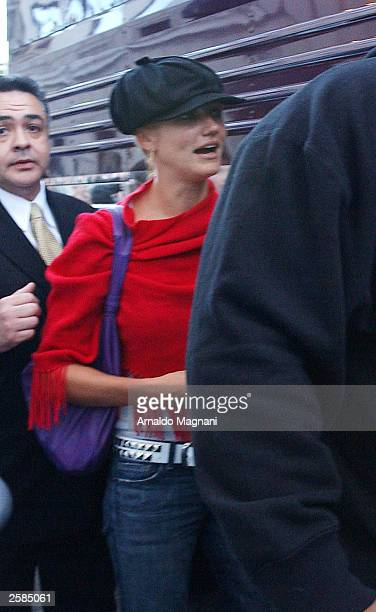 Actress Cameron Diaz boards musician Justin Timberlake''s tour bus at a hotel October 12 2003 in New York City