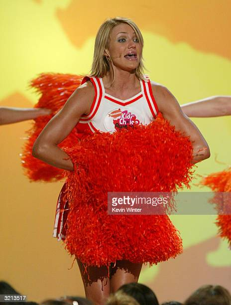 Actress Cameron Diaz performs on stage during Nickelodeon's 17th Annual Kids' Choice Awards at Pauley Pavilion on the campus of UCLA, April 3, 2004...