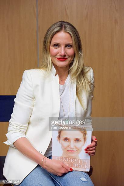 Actress Cameron Diaz poses for a photo at Live Talks Los AngelesAn Evening With Cameron Diaz at Moss Theatre at New Roads School on April 11 2016 in...