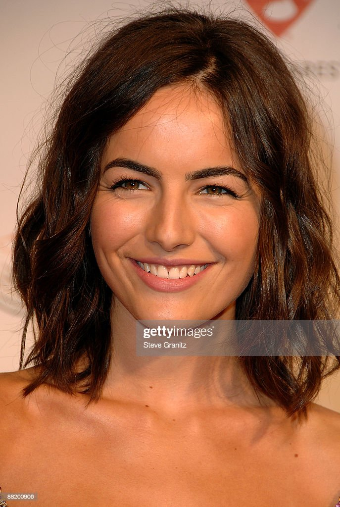 Actress Camilla Belle Arrives At The 2009 Musicares Person Of The