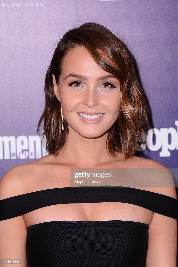 Entertainment Weekly And PEOPLE Celebrate The New York Upfronts - Arrivals : News Photo