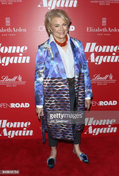 Actress Candice Bergen attends the screening of Open Road Films' Home Again hosted by The Cinema Society with Elizabeth Arden and Lindt Chocolate at...