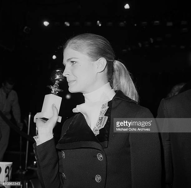 Actress Candice Bergen holds a Golden Globe in Los Angeles California