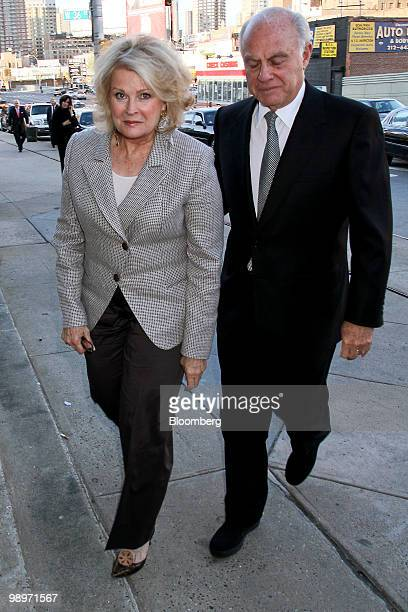 Actress Candice Bergen, left, and her husband Marshall Rose arrive for the Robin Hood Foundation gala in New York, U.S., on Monday, May 10, 2010. The...