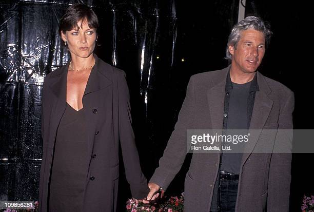 Actress Carey Lowell and actor Richard Gere attend the 'Primal Fear' Hollywood Premiere on April 1 1996 at Paramount Studios in Hollywood California