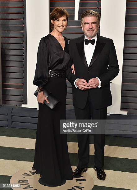 Actress Carey Lowell and chairman of The ONE Campaign Tom Freston arrive at the 2016 Vanity Fair Oscar Party Hosted By Graydon Carter at Wallis...