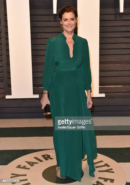 Actress Carey Lowell arrives at the 2017 Vanity Fair Oscar Party Hosted By Graydon Carter at Wallis Annenberg Center for the Performing Arts on...