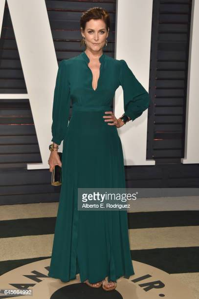 Actress Carey Lowell attends the 2017 Vanity Fair Oscar Party hosted by Graydon Carter at Wallis Annenberg Center for the Performing Arts on February...