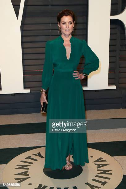 Actress Carey Lowell attends the 2017 Vanity Fair Oscar Party hosted by Graydon Carter at the Wallis Annenberg Center for the Performing Arts on...