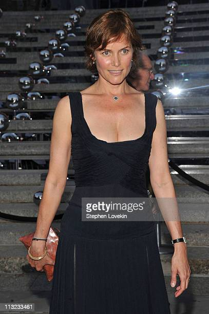 Actress Carey Lowell attends the Vanity Fair Party at the 2011 Tribeca Film Festival at the State Supreme Courthouse on April 27 2011 in New York City
