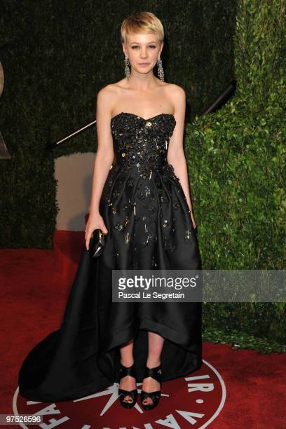 Actress Carey Mulligan arrives at the 2010 Vanity Fair Oscar Party hosted by Graydon Carter held at Sunset Tower on March 7, 2010 in West Hollywood,...