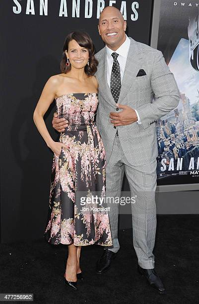 """Actress Carla Gugino and actor Dwayne """"The Rock"""" Johnson arrive at the Premiere Of Warner Bros. Pictures' """"San Andreas"""" at TCL Chinese Theatre on May..."""