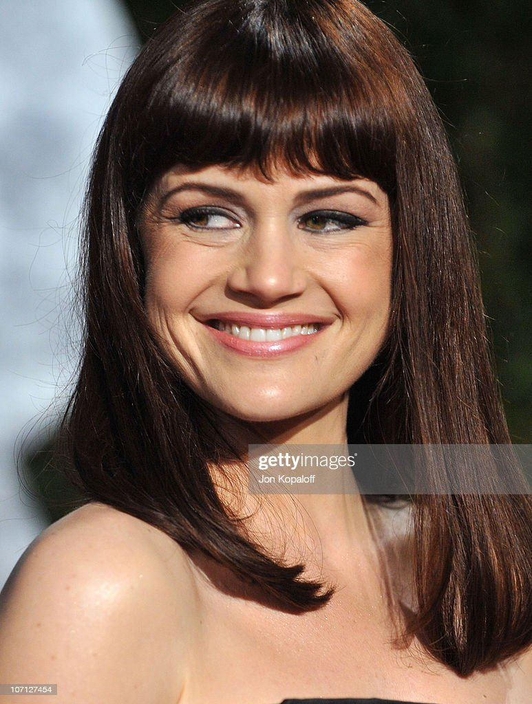 Actress Carla Gugino arrives at the 2010 Vanity Fair Oscar Party held at Sunset Tower on March 7, 2010 in West Hollywood, California.