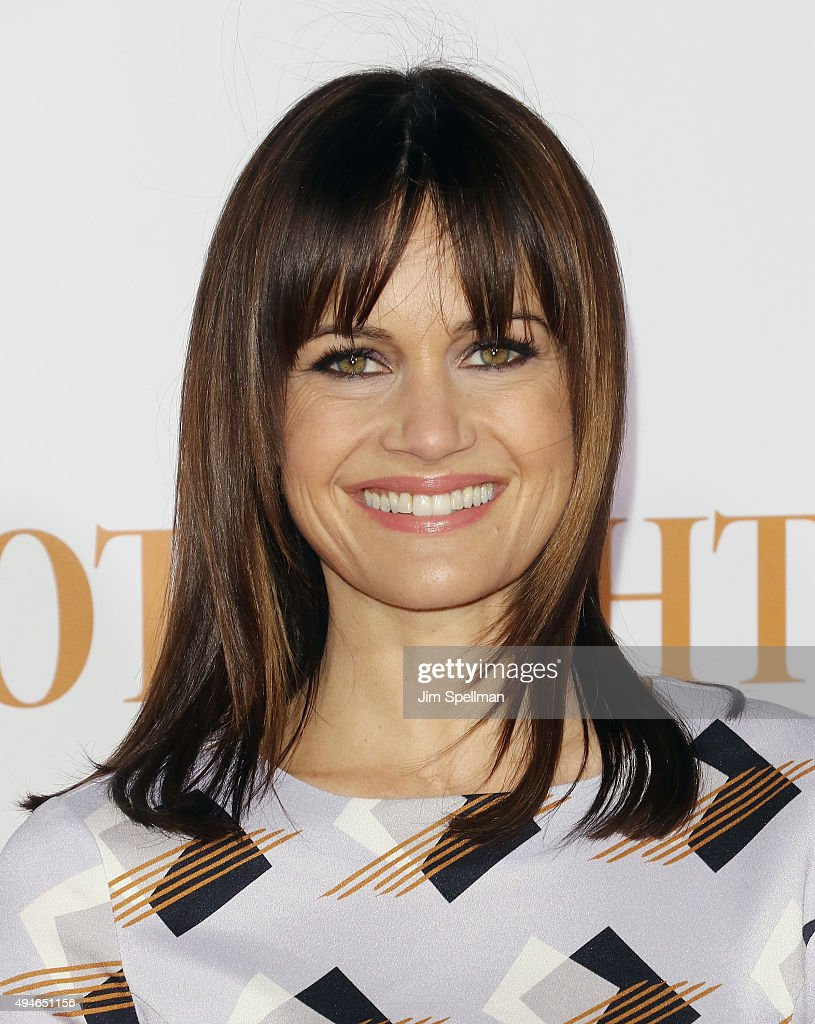 Actress Carla Gugino attends the 'Spotlight' New York premiere at Ziegfeld Theater on October 27, 2015 in New York City.