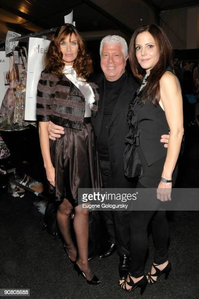 Actress Carol Alt designer Dennis Basso and actress Mary Louise Parker attend the Dennis Basso Spring 2010 during MercedesBenz Fashion Week at Bryant...