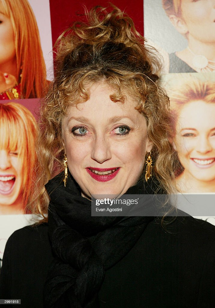 Actress Carol Kane attends the 'Confessions Of A Teenage Drama Queen' premiere at the Loews E-Walk Theater February 17, 2004 in New York City.