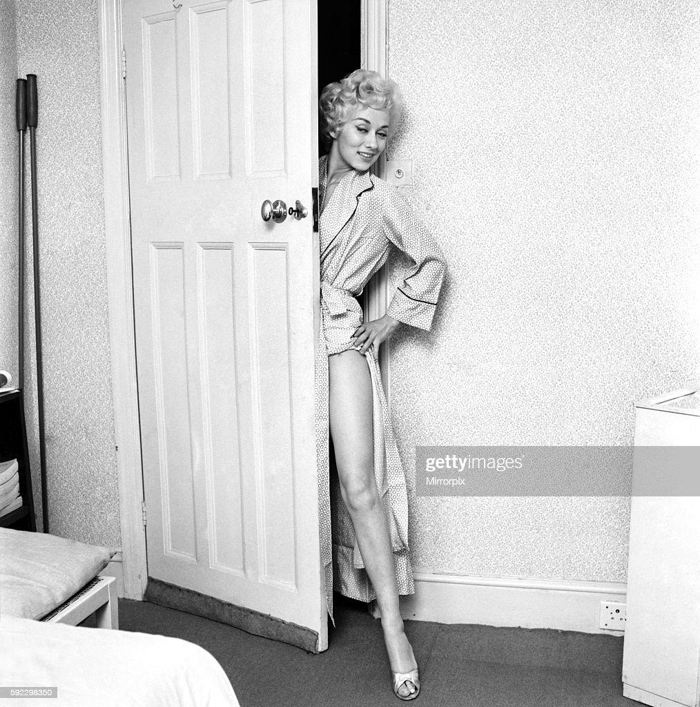 Actress Carole Lesley. 1964 E286-002 : News Photo