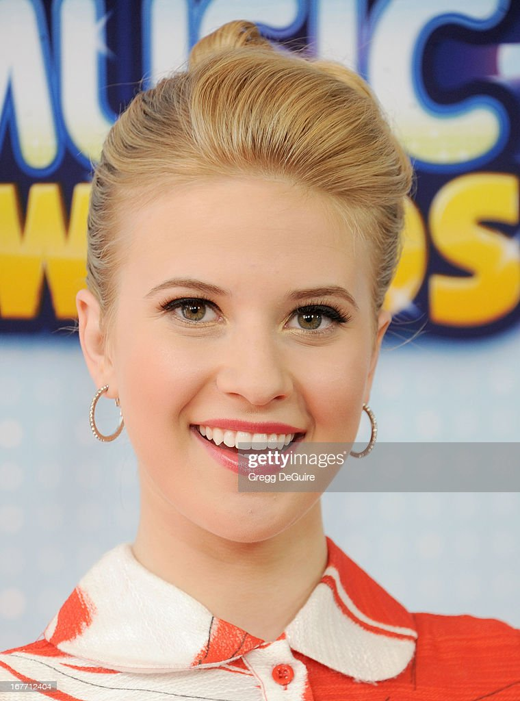 Actress Caroline Sunshine arrives at the 2013 Radio Disney Music Awards at Nokia Theatre L.A. Live on April 27, 2013 in Los Angeles, California.