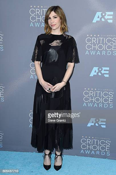 Actress Carrie Brownstein attends the 21st Annual Critics' Choice Awards at Barker Hangar on January 17 2016 in Santa Monica California