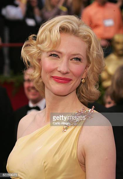 Actress Cate Blanchett nominated for Best Actress in a Supporting Role for her performance in The Aviator arrives the 77th Annual Academy Awards at...