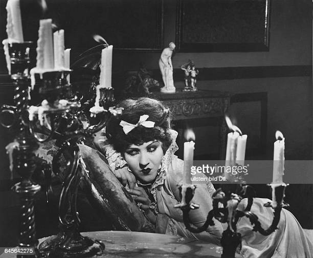 Actress Catherine Hesslingin the film Nana director Jean Renoir 1926Vintage property of Ullstein Bild