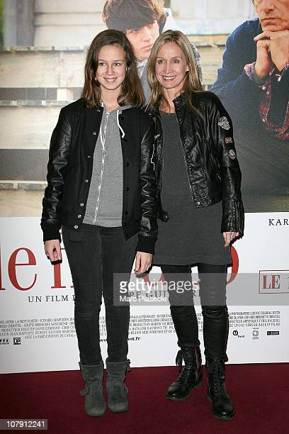 Actress Catherine Marchal and her daughter Zoe attend the 'Le fils a Jo' premiere at Cinema Gaumont Marignan on January 6 2011 in Paris France