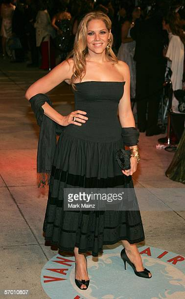 Actress Catherine McCormack arrives at the Vanity Fair Oscar Party at Mortons on March 5 2006 in West Hollywood California