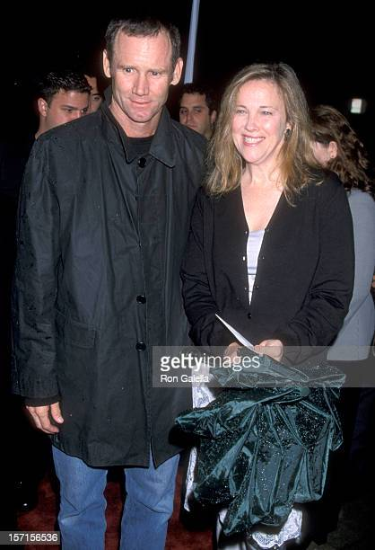 Actress Catherine O'Hara and husband Bo Welch attend the Bulworth Beverly Hills Premiere on May 4 1998 at Academy of Motion Picture Arts and Sciences...