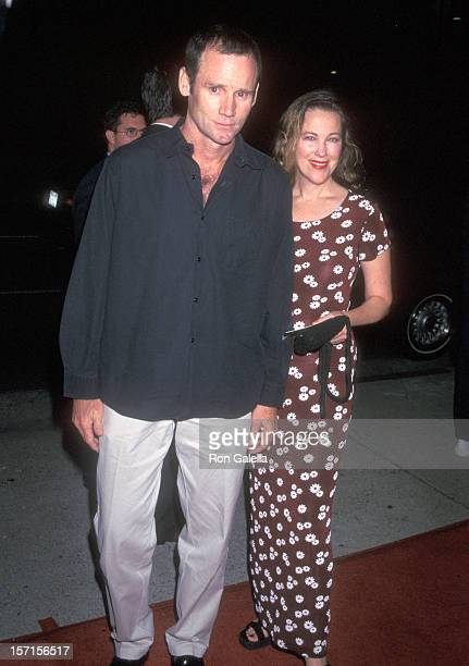 Actress Catherine O'Hara and husband Bo Welch attend The Locusts Beverly Hills Premiere on September 24 1997 at AMC Fine Arts Theatre in Beverly...